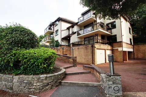 2 bedroom apartment to rent - Flat 3, Warwick View, 9 Belle Vue Road, Poole, BH14 8TW