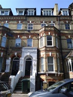 2 bedroom ground floor flat to rent - Westbourne Gardens, Folkestone, Kent, CT20 2HZ