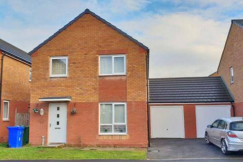 4 bedroom detached house to rent - Charlesworth Street, Manchester, M11