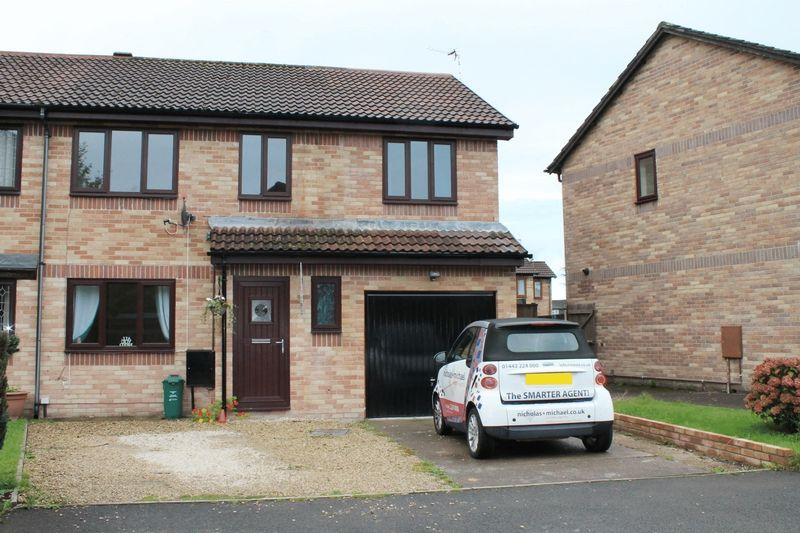 4 Bedrooms Semi Detached House for sale in Fitzwilliam Close, Cross Inn, LLANTRISANT CF72 8BN