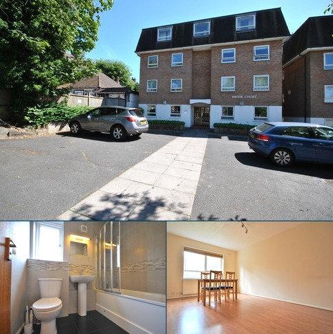 2 bedroom flat to rent - Chinbrook Road Grove Park SE12