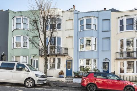 1 bedroom flat for sale - Egremont Place, Brighton, , BN2