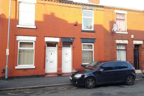 2 bedroom terraced house to rent - Rockhampton Street, Manchester, M18