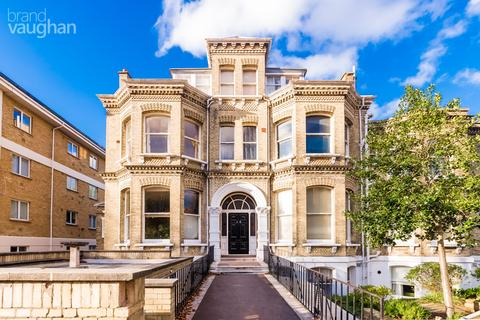 1 bedroom property to rent - Eaton Gardens Mansions, Eaton Gardens, Hove, BN3