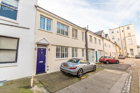 3 bedroom terraced house for sale - Brunswick Street West, Hove, East Sussex, BN3
