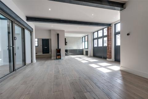 3 bedroom end of terrace house for sale - Brunswick Street East, Hove, East Sussex, BN3