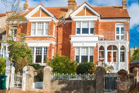 4 bedroom semi-detached house for sale - East Drive, Brighton, East Sussex, BN2