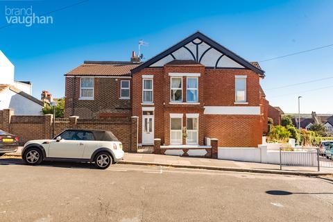 3 bedroom semi-detached house for sale - Hollingbury Park Avenue, Brighton, BN1