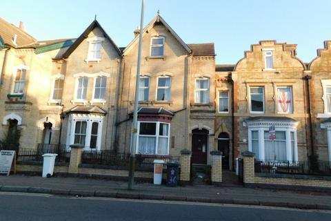 1 bedroom property to rent - Fosse Road Central, Leicester LE3 5PR