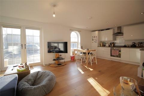 2 bedroom apartment to rent - Chedworth House, Longwood Court, Cirencester, GL7