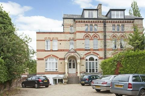 1 bedroom flat to rent - Fairmile, Henley-on-Thames, Oxfordshire, RG9