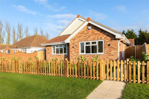 2 bedroom bungalow for sale - Main Road, Woodham Ferrers, Chelmsford, Essex, CM3