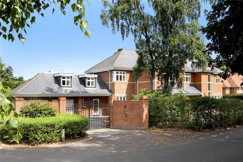 6 bedroom detached house to rent - Monks Walk, Ascot, Berkshire