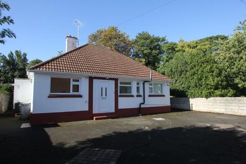 2 bedroom detached bungalow for sale - 51 Manor Road
