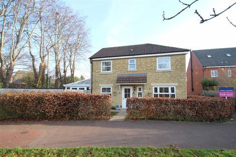 3 bedroom detached house for sale - Corbin Road, Paxcroft Mead, Trowbridge, Wiltshire, BA14