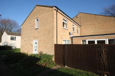 4 bedroom end of terrace house to rent - Dundee Close, Cambridge