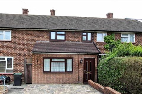 2 bedroom terraced house for sale - Torrington Gardens, Loughton