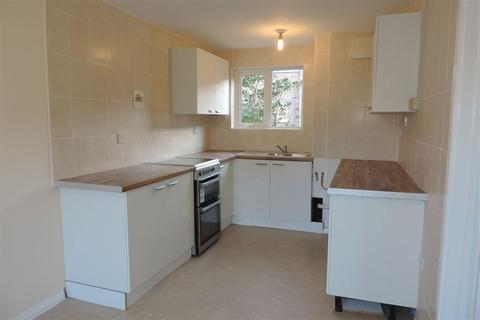 3 bedroom terraced house to rent - Holdfield, Ravensthorpe, PE3 7LW