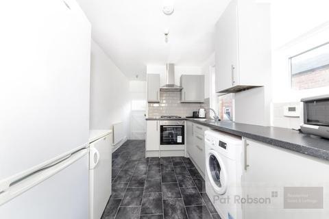 3 bedroom flat to rent - Oakland Road, Sandyford