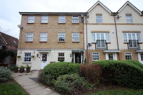 4 bedroom townhouse for sale - Harper Close, Chafford Hundred, Grays