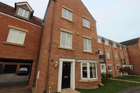 4 bedroom townhouse for sale - George Stephenson Drive, Darlington
