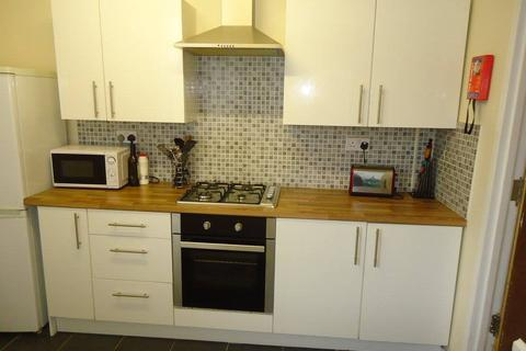 4 bedroom house to rent - Harriet Street, Cathays, Cardiff