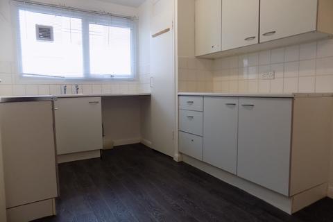 3 bedroom maisonette to rent - Lumsden Road, Southsea