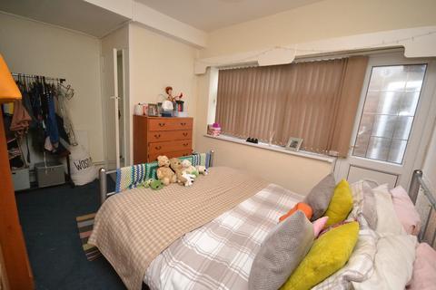 1 bedroom ground floor flat to rent - Students 2020/2021 - Derby Road, Nottingham