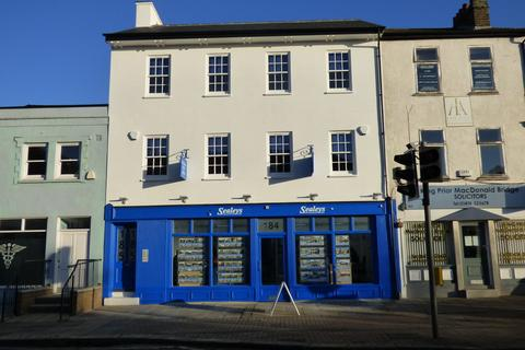 Office to rent - Parrock Street, Gravesend
