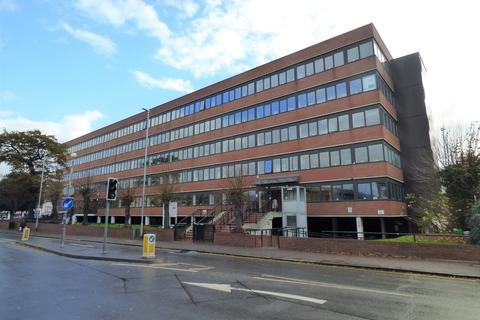 Office to rent - New Road, Gravesend