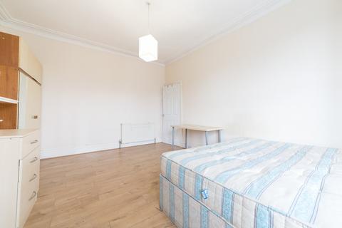 2 bedroom flat to rent - Rothbury Terrace, Heaton, NE6