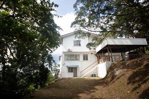 3 bedroom house  - Jalan Teberau 2  Ukay Heights 68000 Ampang Selangor