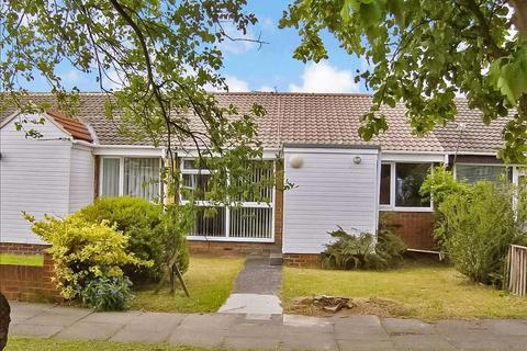 2 bedroom bungalow to rent - Gloucester Way, Fellgate, Jarrow, Tyne and Wear, NE32 4UB