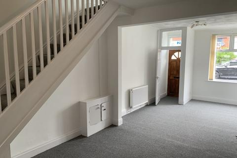 2 bedroom terraced house to rent - Penn Street, Moston