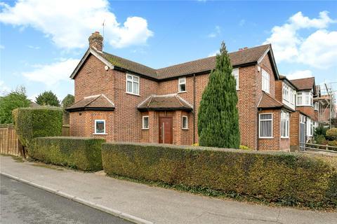 3 bedroom detached house for sale - Briarwood Drive, Northwood, Middlesex, HA6