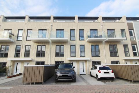 3 bedroom townhouse to rent - Champlain Street, Reading, RG2
