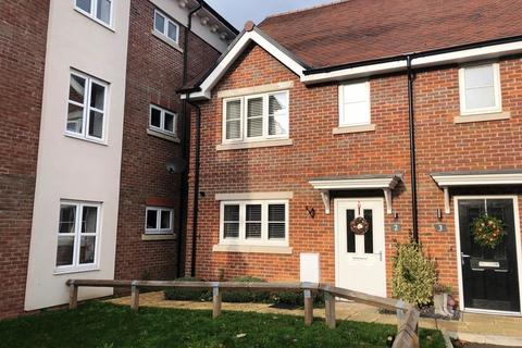 3 bedroom semi-detached house for sale - Hodgson Way, Harlow