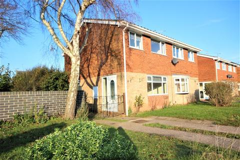 3 bedroom semi-detached house to rent - Inglemere Drive, Wildwood, Stafford