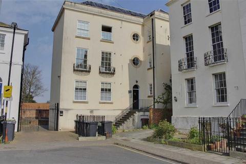 1 bedroom flat to rent - 11a Brunswick Court, Gloucester
