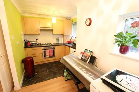 2 bedroom flat to rent - 836 Burnage Lane