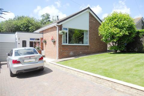 3 bedroom detached bungalow for sale - Orchard Way, Nettleham, LN2