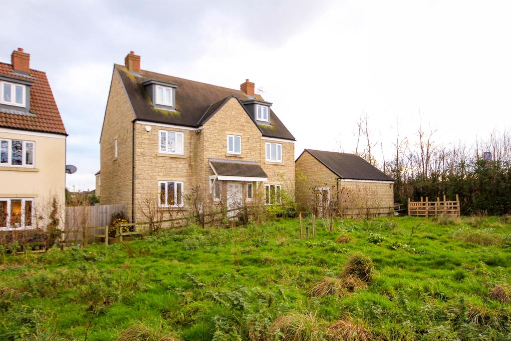 6 Bedrooms Detached House for sale in Chestnut Park, Kingswood, Wotton Under Edge, GL12 8RY