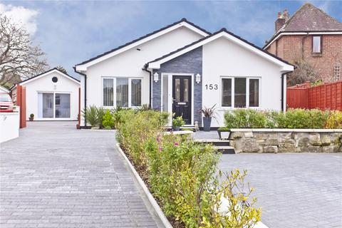 4 bedroom detached bungalow for sale - Lake Road, Hamworthy, Poole, BH15