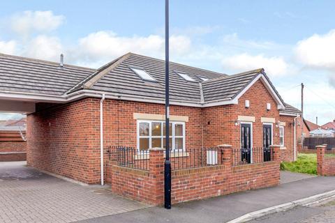 3 bedroom semi-detached house for sale - Eastcheap, Heaton, Newcastle Upon Tyne, Tyne & Wear