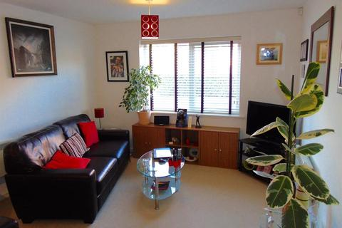 1 bedroom flat to rent - Penstock Drive, Cliffe Vale, Stoke On Trent, Staffordshire, ST4 7GF
