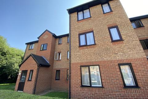 1 bedroom flat to rent - Streamside Close, N9