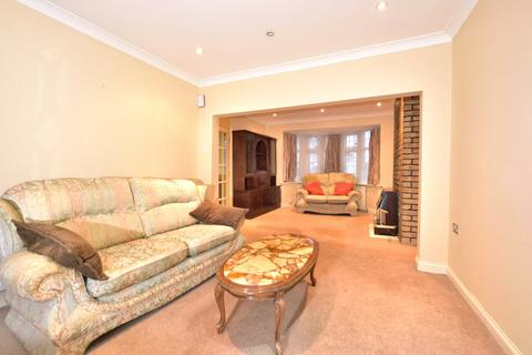 3 bedroom end of terrace house to rent - Sarsfield Road, Perivale, UB6