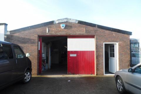 Industrial unit to rent - Aldon Road, POULTON, FY6 8JL