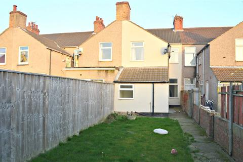 3 bedroom terraced house for sale - Ladysmith Road, Grimsby, North East Lincolnshire, DN32
