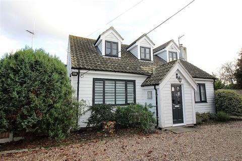 4 bedroom detached house for sale - Clay Lane, St Osyth, Clacton on Sea